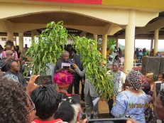and announces the arrival of the Word of God in Yemba